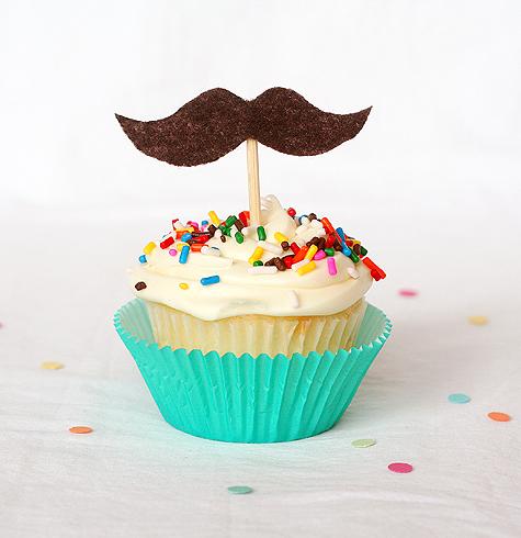 Blog_cupcakes_mustache