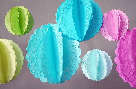 Blog_doilies_hanging
