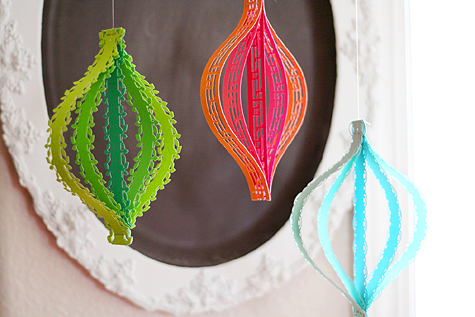 Blog_borderpunch_ornaments_view2