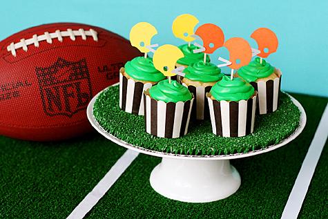 Blog_superbowl_cupcakes