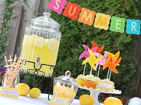 Blog_lemonadeparty