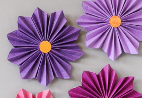 Accordion paper flowers fiskars hexagon blog hop lisa storms accordion paper flowers detail mightylinksfo